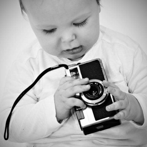 bambino fotografo