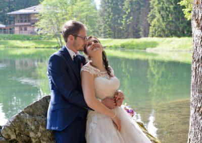 sposi al lago